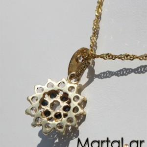 Μενταγιόν άστρο από χρυσό 14Κ με τανζανίτες και ζαφείρια με αλυσίδα 3